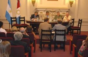 Críticas al Presupuesto 2013
