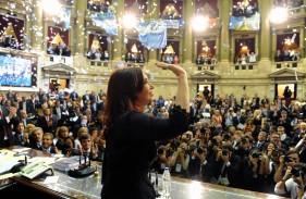 """CFK: """"lograr una justicia democrática, no corporativa"""""""