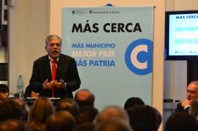 """Intendentes K con De Vido por fondos del Plan """"Más Cerca"""""""