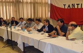 Intendentes radicales reclamaron al gobierno por temas de gestión