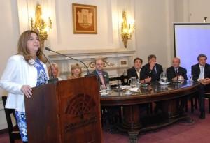 La Vicegobernadora habló de la necesidad de construir una identidad común entre los países del Mercosur PRENSA LEGISLATURA (1)