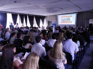 Profesionales debaten sobre el ejercicio de la profesión en la administración pública