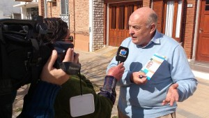 Cavallo pide el voto ciudadano y le apunta a la inflación