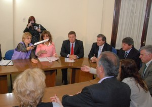 Judiciales: Reclamo de porcentualidad en la Unicameral, mientras aguardan propuesta del TSJ