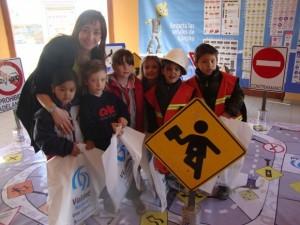 niños señales viales