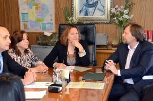 Convenio Municipalidad-Escribanos permitirá a propietarios escriturar sus viviendas sociales