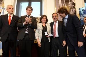 La presidenta CFK será operada y Boudou se hace cargo de la gestión