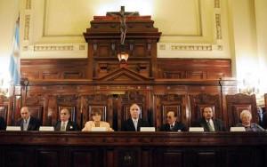 """Ley de Medios: Lorenzetti negó """"pacto"""" de la Corte con el gobierno k"""