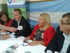 Carrió reivindicó voto útil para sus candidatos locales
