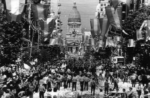 dia de la democracia 83