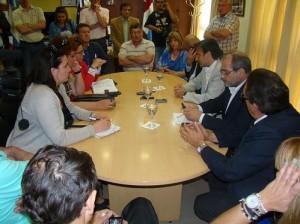 Mestre (candidato) en campaña por Río Tercero, con incentivo a la industria local