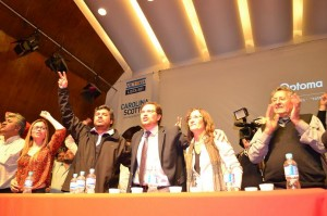 """Invocando """"las banderas del peronismo"""", el FPV lanzó campaña con críticas a De la Sota"""