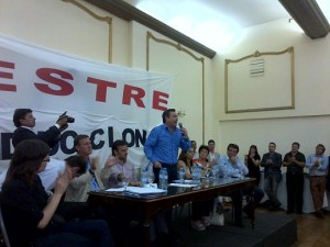 Rumbo al 2015: Mestre aspira a que el radicalismo retorne al poder. Posibilidad de frente electoral