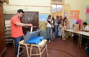 Oficialismo se impuso en elecciones, pero sufrió derrota en Capital