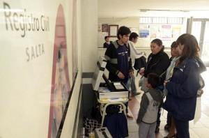 En Salta eligen a candidatos provinciales con voto electrónico