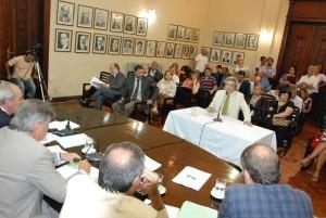 Unicameral: Audiencia pública dejó reclamos por presión impositiva, fondos que se adeudan y tasa vial