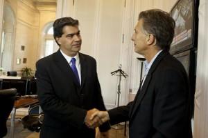 Capitanich se reunió con Macri y convocará a todos los gobernadores