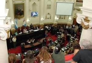 Unicameral: Oficialismo aprobó Presupuesto 2014. Rechazo del arco opositor