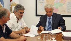 De la Sota recibe a la CGT que lanzó plan de acción en defensa del salario