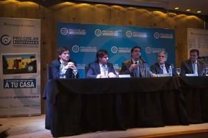 Capitanich y el lanzamiento de acuerdo de precios para el Plan Pro.cre.ar