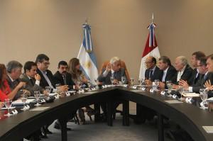 Por temas de Seguridad y Ambiente, De la Sota se reunió con legisladores de la oposición