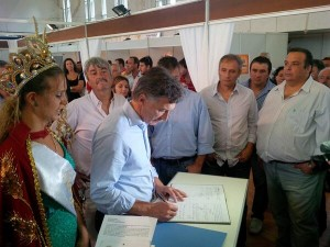 Macri en Leones fiesta nac del Trigo