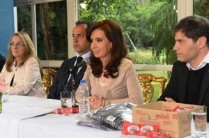 """CFK descartó """"tarifazo"""" en las subas de agua y gas"""