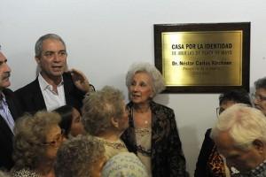 """Estela de Carlotto: """"La democracia debe ser defendida con uñas y dientes"""""""
