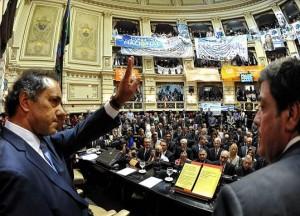 En la agenda de Scioli, la inseguridad. Gobierno K mantendrá la mitad de gendarmes en la provincia