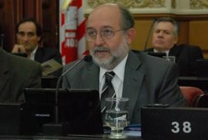 Vecinalista con proyecto de reforma al Código Procesal Penal local