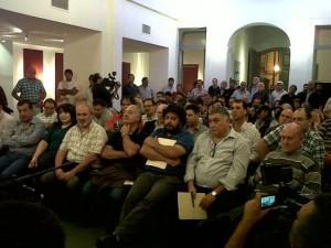"""Gremios de las 2 CGT """"en pie de guerra"""" por proyecto que limita la protesta de los trabajadores"""