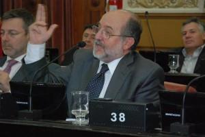 García Elorrio pidió reordenar la cuestión salarial de la Provincia