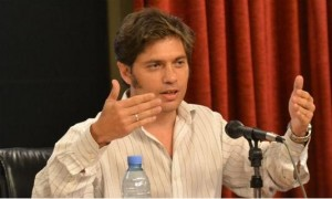 Kicillof pidió a los empresarios, inversión y responsabilidad en los aumentos en paritarias