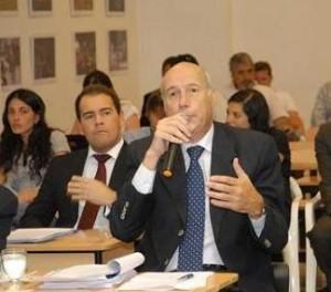Transporte: Dómina reclama una nueva licitación si se cae Ciudad de Córdoba