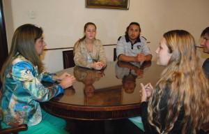La Vicegobernadora recibió a la familia de Mariela Bortot en su despacho PRENSA LEGISLATURA