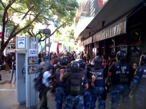 La Unicameral aprobó ley de Política Ambiental en medio de violenta protesta de activistas