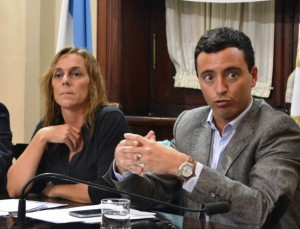 """Una juecista y un radical le piden a De la Sota poder ejercer """"control"""" parlamentario sin """"obstáculos"""""""