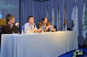 Macri, Carrió y Sanz en escenario ruralista