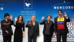 Mientras CFK participa de Cumbre en Venezuela, delegación argentina se reúne nuevamente con Pollack