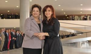 Mandataria argentina participa de la primera cumbre Brics y Unasur
