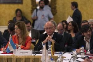 Timerman_y_Giorgi_en_reunion_de_Cancilleres_del_Mercosur.