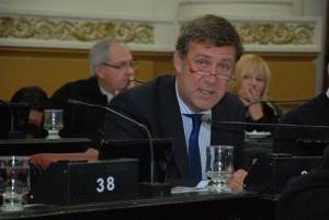 Polémica en 1° test electoral: Radical mestrista refutó dichos del ministro Passerini