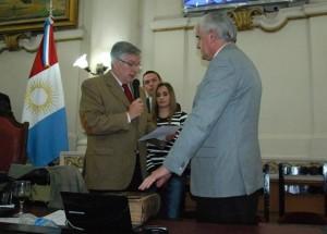 Retorno a la Defensoría: Con polémica, oficialismo apoyó a la UCR en la designación de Decara