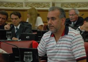 Polémica: Oposición reprochó uso político en la entrega de recursos a bomberos