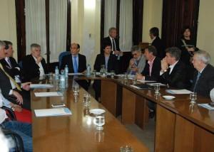 Unicameral: Decara defendió polémico proyecto de garantizar servicios esenciales