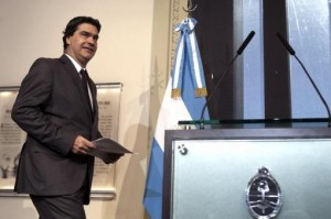 Capitanich le quitó expectativas a reunión con Griesa y le apuntó a las petroleras privadas