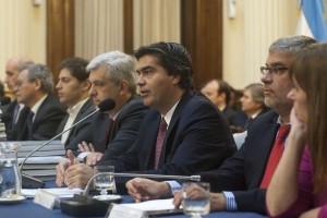"""Diputados: """"Realidades paralelas"""" tras la presentación del Presupuesto 2015"""