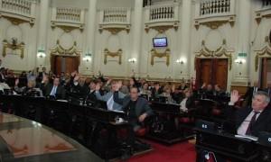 Oficialismo aprobó Prohibicion Camino del Cuadrado