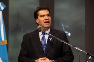 Tras la propuesta de Macri de eliminar Ganancias, Capitanich apuntó sus críticas al líder del PRO