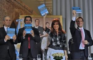 """CFK: """"El nuevo Código es un producto cultural auténticamente argentino e hijo de la democracia"""""""